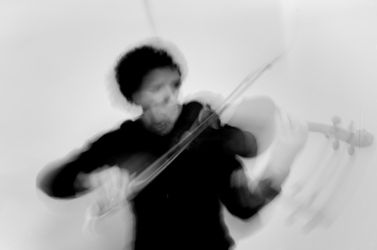 christian nas, violin soloist sonoro festival romanian solist roman vioara