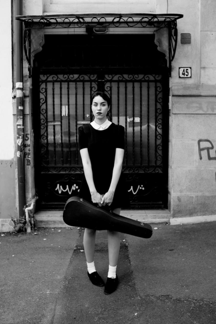 amira, eleva la vioara. 2014
